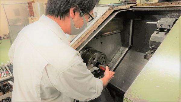 岩倉市 旋盤 旋盤加工 フライス盤 金属加工 ネジ