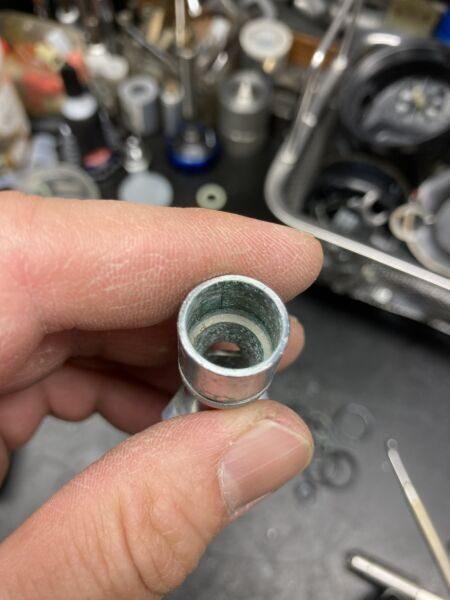 RS230 メインシャフト 分解汚れ